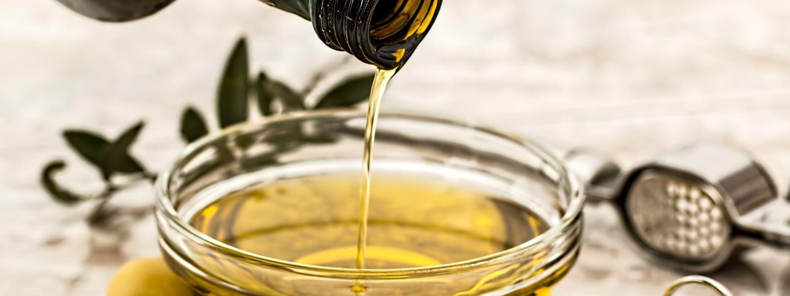 Productores de aceite de gran calidad - Aceite de Oliva 1881